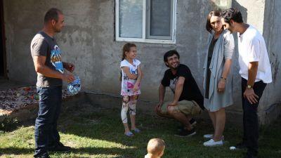 Pentru ei fericirea parea imposibil de atins. Echipa Visuri la Cheie a reaprins bucuria pentru doi micuti ramasi fara mama