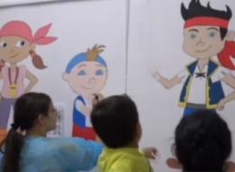 Un desen pe un perete alb poate alunga suferinta unui copil. La spitalul din Blaj, sectia de pediatrie a prins viata