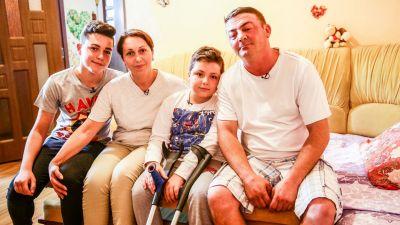 Echipa Visuri la cheie a ajutat o familie care lupta zilnic pentru a le oferi celor doi copii un trai normal