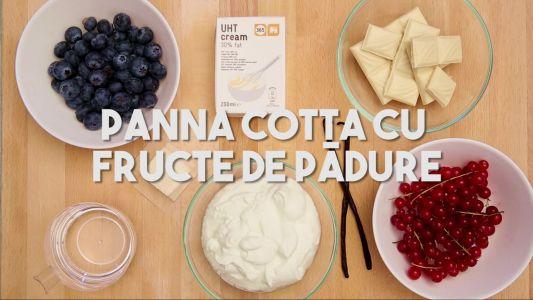 Panna Cotta cu fructe de padure