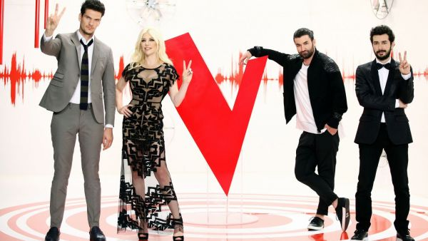 12 concurenti sunt pregatiti sa demonstreze ca doar vocea conteaza in show-urile live Vocea Romaniei!