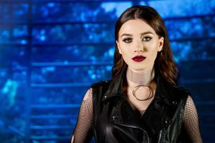 Ioana Ignat se dezindragosteste in noul ei videoclip - VIDEO