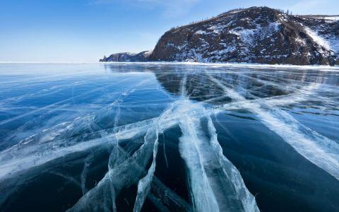 Secretele celui mai adanc lac din lume. Ce se afla in adancurile lacului Baikal si cum uimeste in sezonul rece