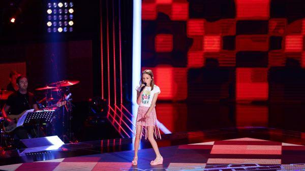 Vocea Romaniei Junior - sezonul 1: Karina Stefan - Proud Mary