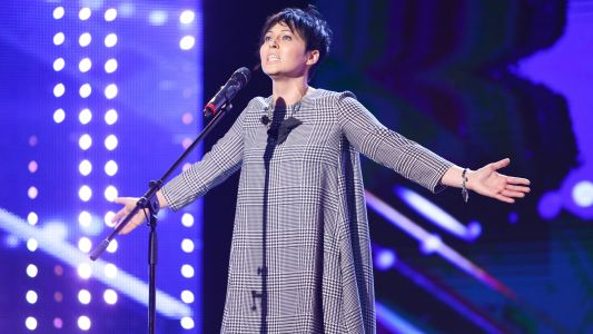"Romanii au talent 2017: Anka (Anca Ionascu) - interpreteaza melodia ""I dreamed a dream"""