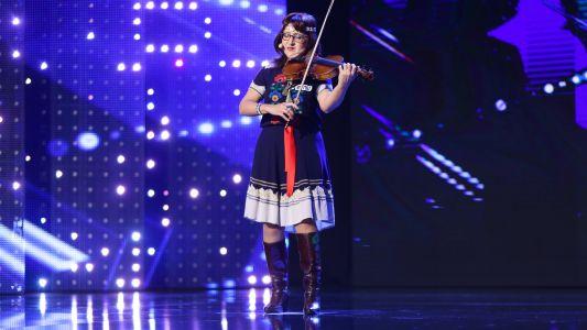 Romanii au Talent 2017: Violeta Ilasciuc - canta la vioara