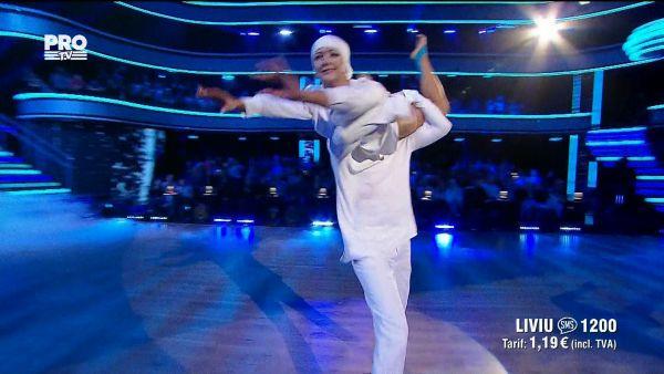 Uite cine danseaza 2017: Liviu Teodorescu si Marica Derdene - Dans Contemporan