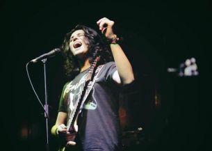 Finalistul sezonului sase Vocea Romaniei, Alex Musat, are vinerea aceasta primul sau concert!