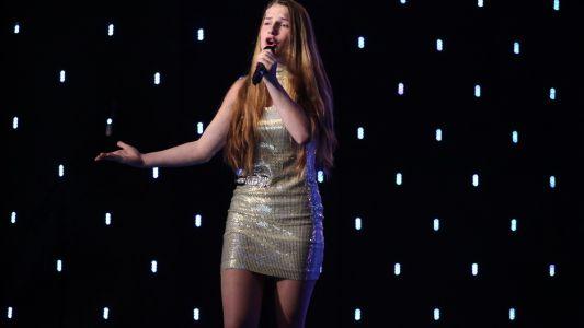 "Romanii au Talent 2017: Ana Munteanu - Interpreteaza pieasa ""Mon mec a moi"""