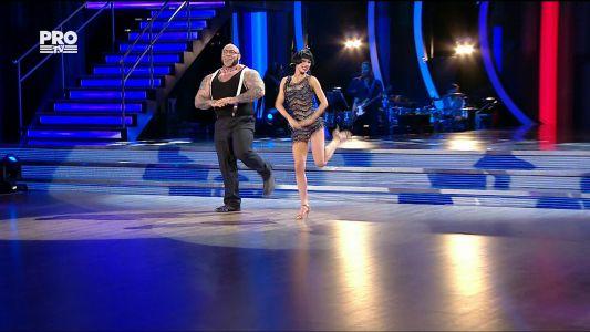 Uite cine danseaza 2017: Sandu Lungu si Raluca Netca - Charleston