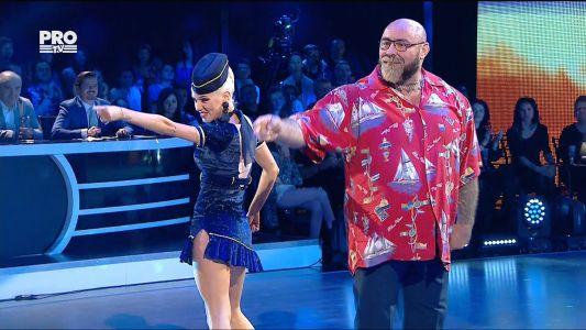 Uite cine danseaza 2017: Sandu & Raluca - Disco