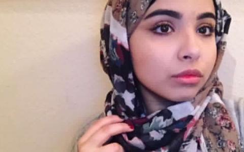 O tanara de origine musulmana si-a intrebat tatal daca poate sa renunte la val. Ce a urmat este VIRAL