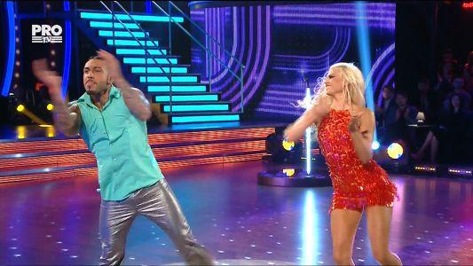 Uite cine danseaza 2017: Alex si Ecaterina - Disco