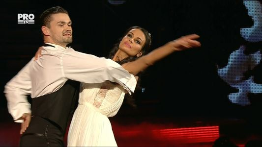 Uite cine danseaza 2017: Anca si Nicolai - Vals