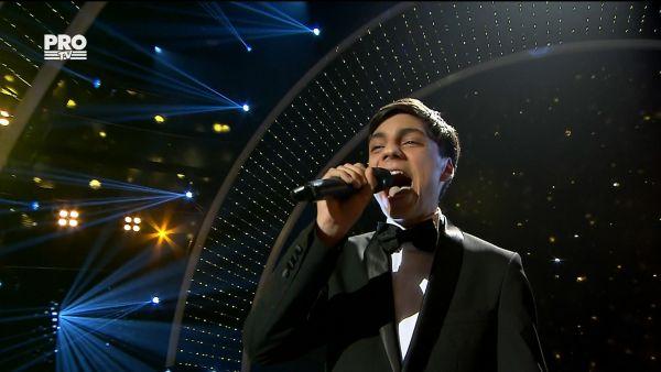 Romanii au talent 2017 - Semifinala 1: Florin Nae - Interpreteaza piesa Time To Say Goodbye