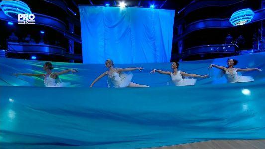 Uite cine danseaza 2017: Alex & Ecaterina - Parodie Freestyle