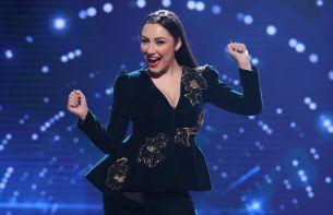 Andra renunta la masa juriului pentru scena Romanii au talent! Vineri, Andra canta LIVE cea mai noua melodie, La refren!