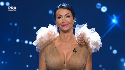 Romanii au talent 2017 - Semifinala 2: Mihaela Radulescu a stralucit pe scena de la Romanii au Talent