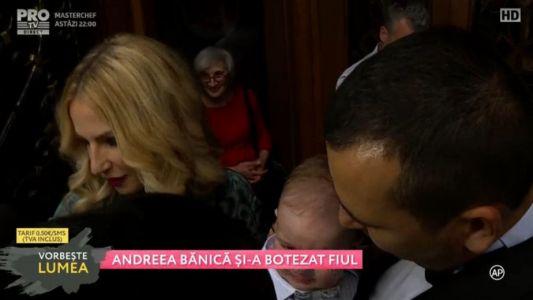 Andreea Banica si-a botezat fiul