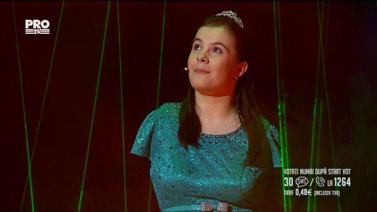 Romanii au talent 2017 - Semifinala 3: Lorelai Mosnegutu - Interpreteaza piesa Memory
