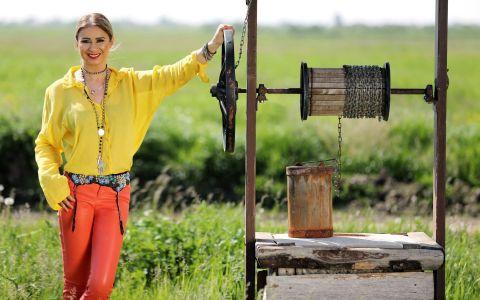 Marti, 6 iunie, de la 20:30, Anamaria Prodan Reghecampf ii prezinta pe cei 13 fermieri de la Gospodar fara pereche!
