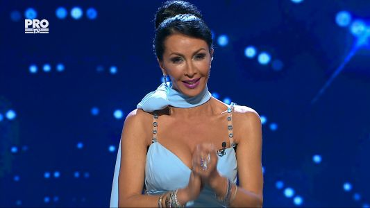 Mihaela Radulescu, aparitie diafana in Semifinala 5 Romanii au talent