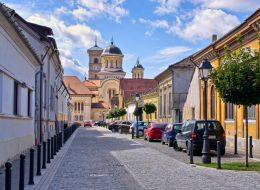 Comuna din Romania pentru care oamenii abandoneaza orasele. Pretul unei locuinte porneste de la 30.000 de Euro