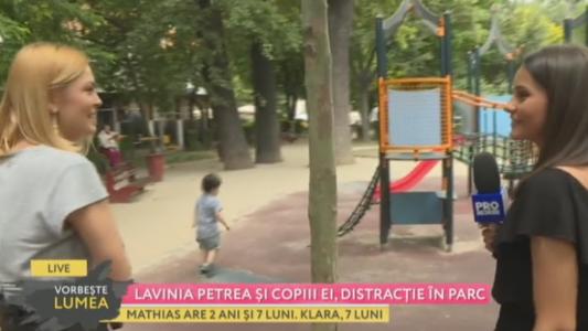 Lavinia Petrea si copiii ei, distractie in parc