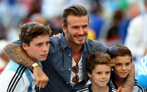 Sunt cei mai buni prieteni! Cum au fost surprinsi David si Brooklyn Beckham de curand