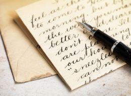 De ce este importanta caligrafia. Romanii, incurajati sa nu renunte la scrisul de mana