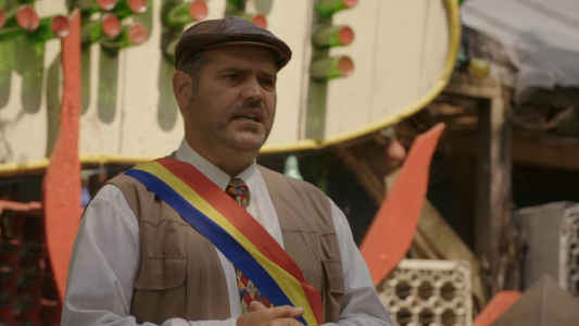 """Primarul Vasile: """"A fost odata Fierbinti""""! Sfarsitul lumii e aproape, comedia rezista! Las Fierbinti, noul sezon, MARTI si JOI, dupa StirileProTV!"""