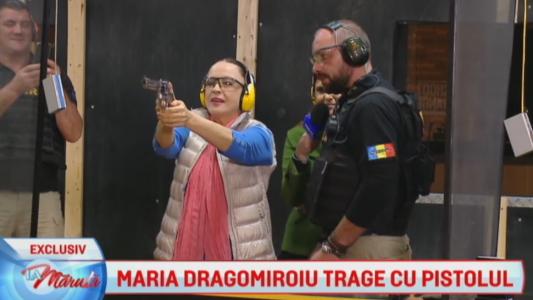 Maria Dragomiroiu trage cu pistolul