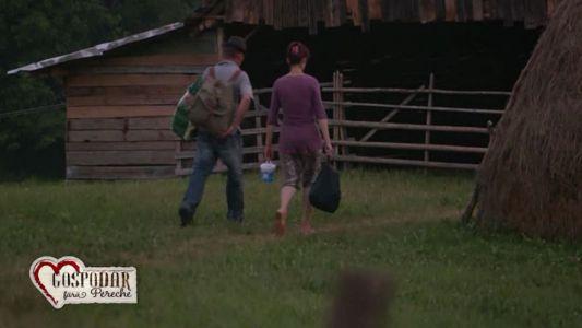 Marin si Marcela s-au furisat la ceas de seara fara stirea Julietei. Se leaga o idila intre cei doi?