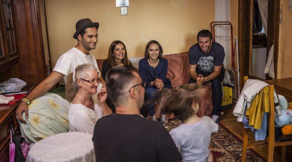 Echipa Visuri la cheie i-a oferit aseara un apartament de poveste familiei Cucu