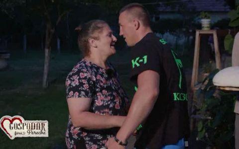 Bogdan a mers acasa la Maria sa ii cunoasca parintii