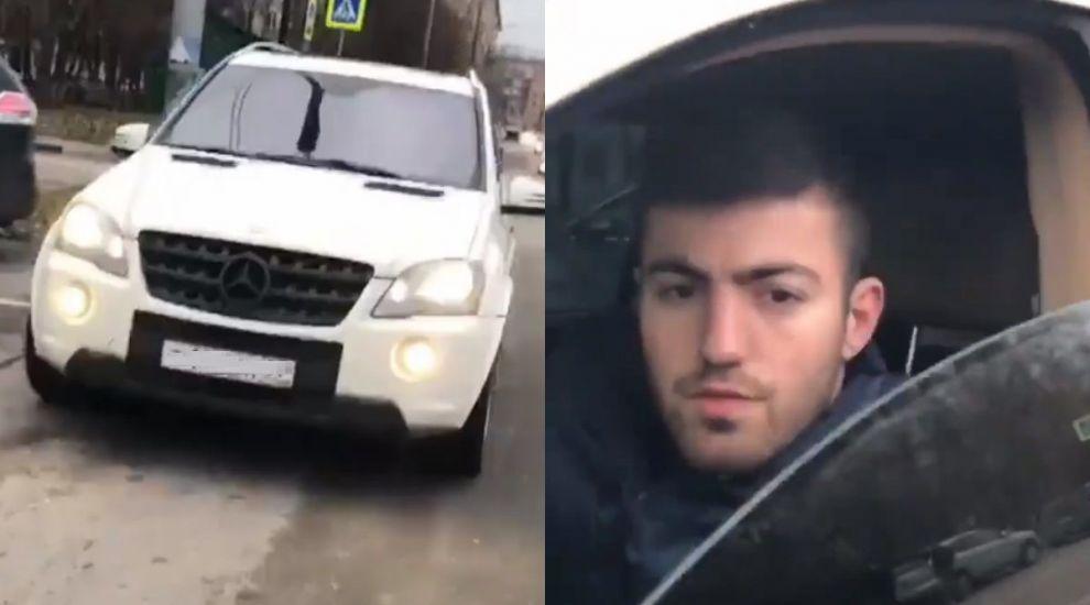 Imagine uluitoare cand acest Mercedes alb e tras pe dreapta. Ce cara soferul pe scaunul din dreapta