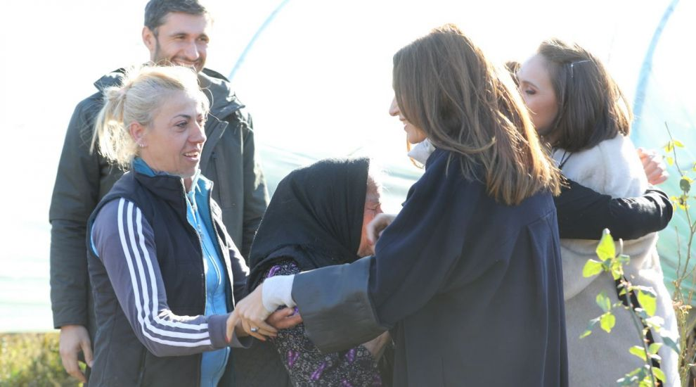 ASTAZI, echipa Visuri la cheie ii va implini visul unei bunici care a luptat toata viata pentru familia ei