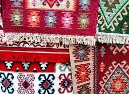 Carpete din lana, goblenuri si opinci. Program national de promovare a traditiilor romanesti