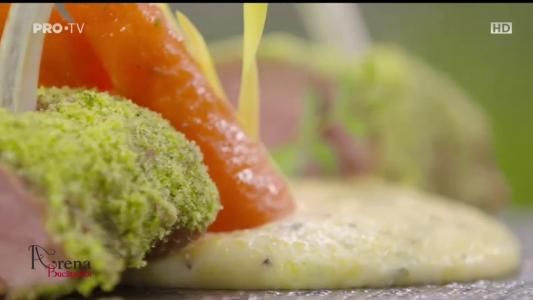 Cotlet de berbecut in crusta de patrunjel cu polenta by Cesar Alonso Velasquez Baez