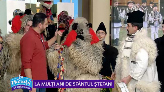 Sarbatori ca-n Bucovina, cu urs, capra si masti