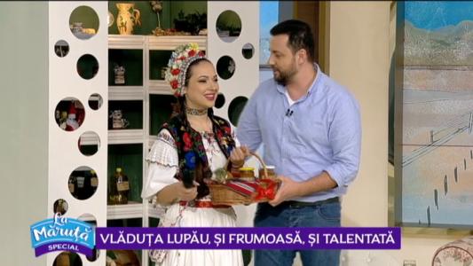 Vladuta Lupau, si frumoasa, si talentata