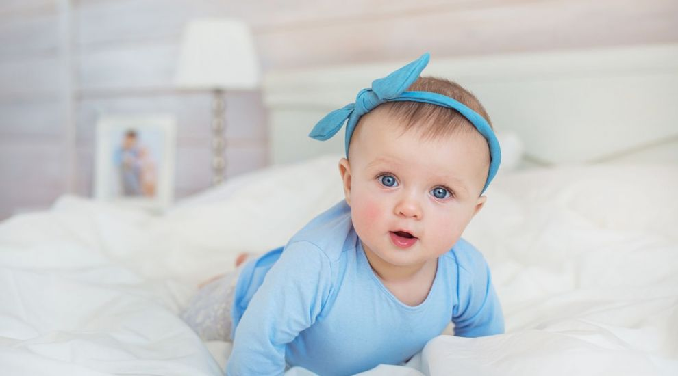 Nume de bebelusi despre care se spune ca vor fi populare in 2018