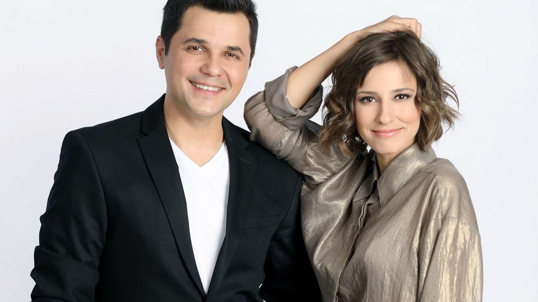 Dana Rogoz e ajutorul lui Cupidon in emisiunea Ma insoara mama!