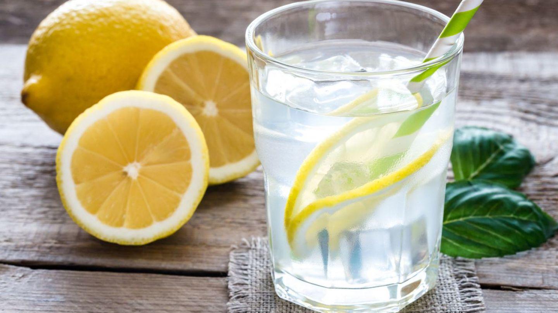 Ce se intampla in corpul tau daca bei apa cu lamaie timp de o saptamana. Efectele sunt miraculoase