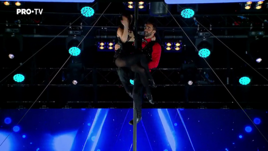 Romanii au talent 2018: Duo Romance - Acrobatii la  bara