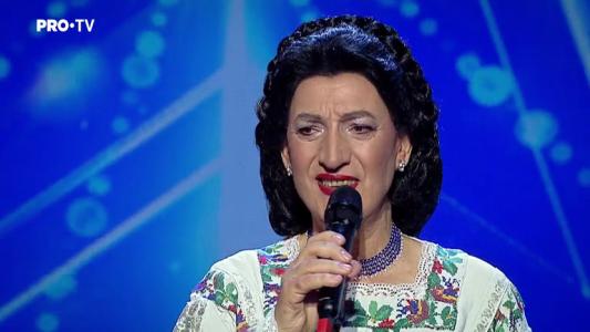 "Romanii au talent 2018: Anton Achitei - Interpreteaza piesa ""Fetelor, ma ascultati"""