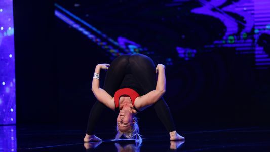 Romanii au talent 2018: Tatiana Rudcovscaia - Yoga