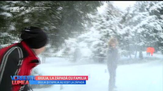 Giulia, la zapada cu familia Giulia, la zapada cu familia