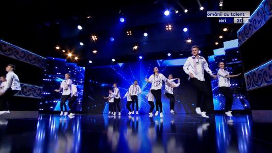 """Petrece sarbatorile in marea familie a talentului! """"Romanii au talent"""", vineri 20:30 la PRO TV!"""