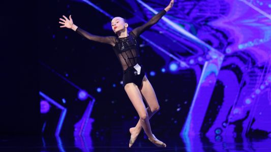 Romanii au talent 2018: Elena Tricolici - dans acrobatic